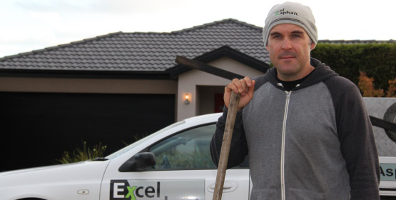 Chris Medlin - Owner and operator of XLAsphalt Driveways Melbourne