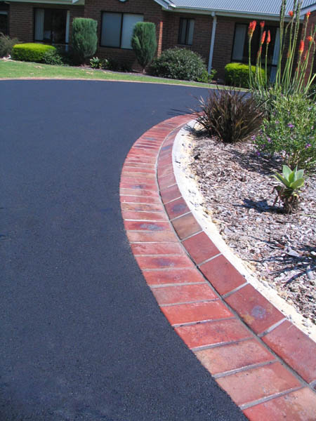 Feature edging decorative driveway designs xlasphalt melbourne feature edging decorative designs1 solutioingenieria Image collections
