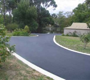 Image of one of our asphalt driveways
