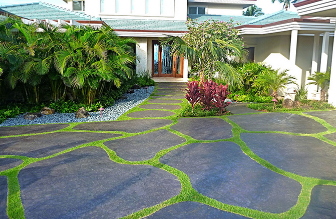 Top 5 asphalt driveway ideas xlasphalt asphalt driveways article 14grass in between asphalt driveway solutioingenieria Choice Image